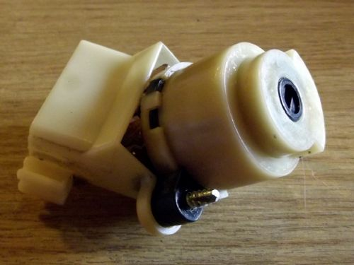 Ignition switch, Mazda MX-5 mk2, from back of barrel, USED